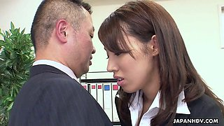 Anna Takizawa gets her pussy eaten put by her perverted boss