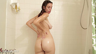 Marina Rossi   Marina In The Shower 2016 11 24