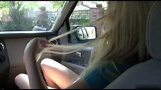 Blonde cutie is willing to suck cock after stud helps her with her car