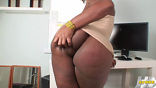 Thick Ebony Office Lady