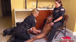 Bathroom blowjob blondes behind the scenes xxx Black Male squatting in home gets our milf