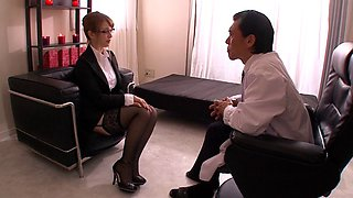 Gorgeous Japanese office girl in glasses goes out of her way to please her boss