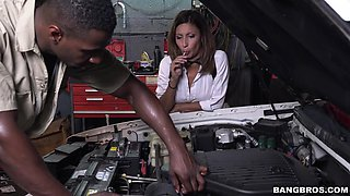 naughty jade jantzen seducing the mechanic jax