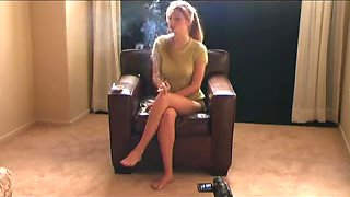 Hot Am Babes Smoking & Getting Felt Up