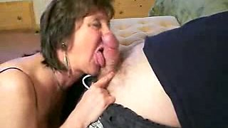 Drunk mature wife of my coworker gives me a blowjob