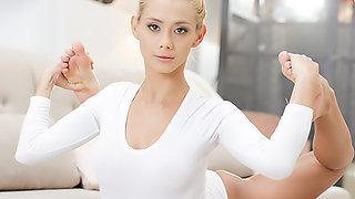 Blonde Beauty !!