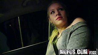 mofos - stranded teens - lola taylor - lolas boyfriend troub