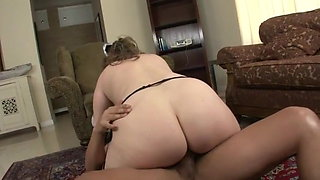 chubby bbw big tits maid  for hot sex
