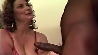 Thick Older Chick Fucking Black Dick