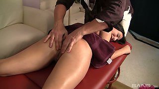 Tanned babe with sexy body Esperanza Diaz is fucked hard by one kinky masseur