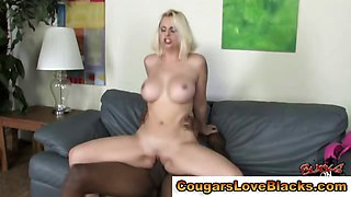 Horny mature cougar black cock suck and fuck