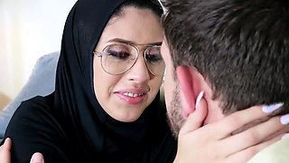 Virgin arab babe analed by her horny bf
