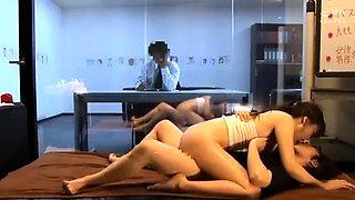 Japanese girl gives erotic massage