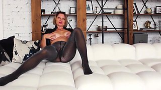 Barbaradream - her legs and ass in shiny pantyhose are so yummy!