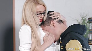 Pussy licking student goes down on his teacher