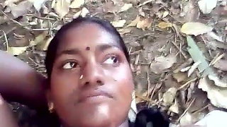 Tamil hot aunty outdoor boobs pressed and fingered