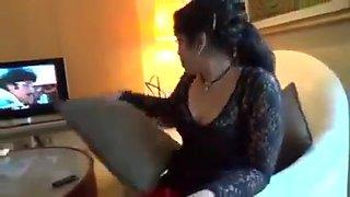 Hot Aunty In Hotel with Boyfriend