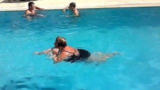 BBW mom pool