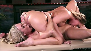 Killing hot babe Carter Cruise is making love with lesbian masseuse
