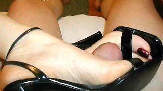 Vintage : Footjob by my wife with her Black Sandals
