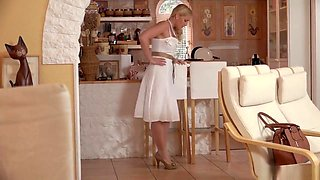 KATHIA NOBILI - GOOD BOY LIKE YOU DESERVE MOMMYS FOOT JOB!!!