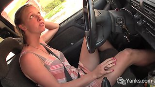 Yanks Babe Aden Rose Cums In The Car