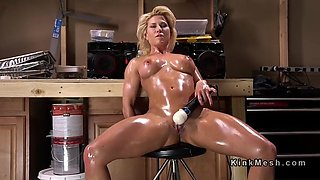 huge ass blonde oils and fucks machine