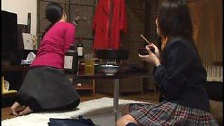 Schoolgirls Super Horny For Young Teacher