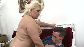 Family sex with amazing mature mothers