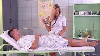 Gorgeous nurse Leigh Darby offers her body to a fellow