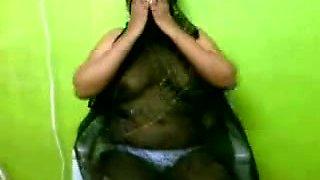 Indian Aunty 1076