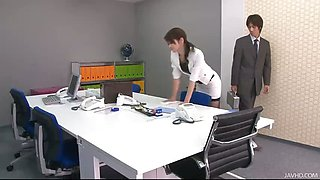 Office honey Maki\'s boss takes out vibrators and tunes up