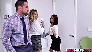 Isabelle Deltore takes her boss hog from behind