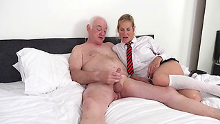 MOLLY TRISH AND LILY MAY FUCK AN OLDER MAN