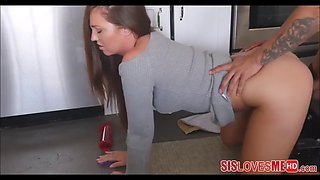 Fucking step sister perfect ass in kitchen
