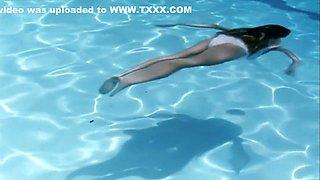 Swimming Pool (2003) Charlotte Rampling, Ludivine Sagnier