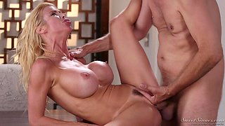 Alexis Fawx is a cock craving MILF ready to be plowed