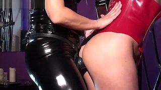 Mistress Marta Fucked in her Spiderweb - Kinky Mistress
