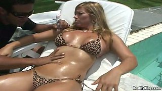 Slippery sex with a desirable Latina babe Silvia