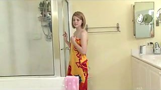 Aubrey Belle in The BathRoom
