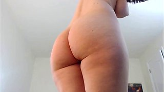 Perfect body shaved pussy jiggly booty