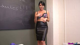 Spoiled teacher Shelly shows off her worn out pussy and big natural tits