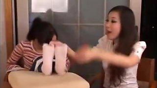 china beautiful girl feet tickle