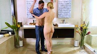 Body massage babe Abby Cross rubs and fucks him