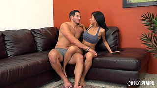 Sporty beauty with sexy fake tits sucking and fucking live