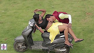 Hot Desi Girl Romance with Boy Friend while Bike Learning