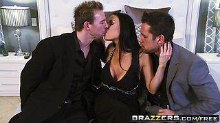 Brazzers - Real Wife Stories - Vanilla Deville Erik Everhard Johnny Castle - New Years Sleaze