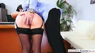 Yummy Italian sex doll with bound arms Valentina Nappi gives solid fellatio to horny boss in the office