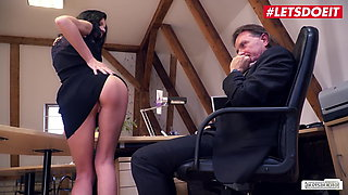 LETSDOEIT - Sexy Brunette July Sun Bangs With Boss At Work