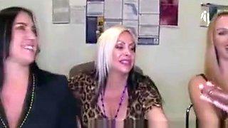 Wild Women Sucking Male Strippers Cock